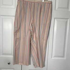 """Plus Size """"Alfred Dunner Woman""""Capris, Sz 18W, NWT"""
